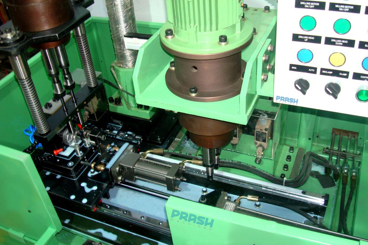 Linear Slide Multi Spindle Drilling/Milling Machine